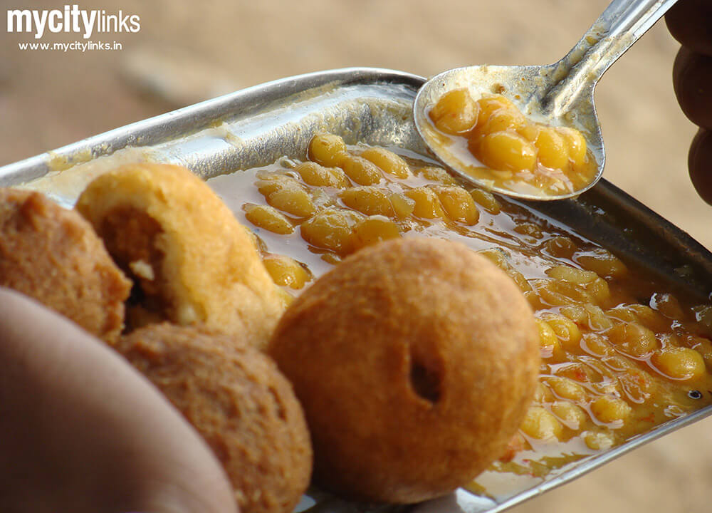 Bhubaneswar Street food snacks